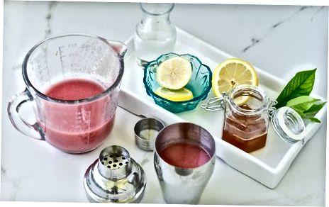 Fazendo suco de goiaba e limão