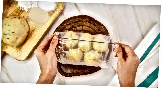 ذخیره ، ذوب کردن و پخت نان منجمد