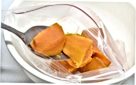 Замрзавање сирове, исеците слатки кромпир