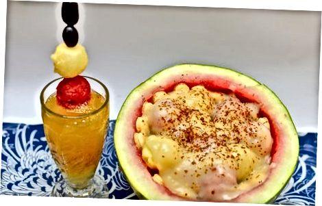 苹果和菠萝汁鸡尾酒