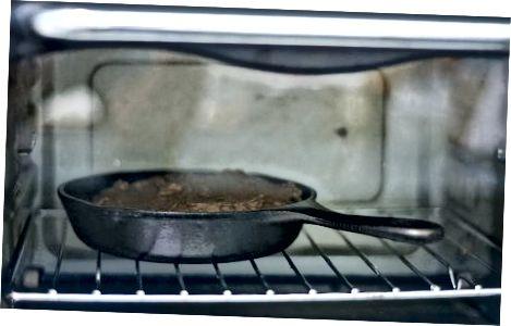 Gingerbread Skillet Cookie
