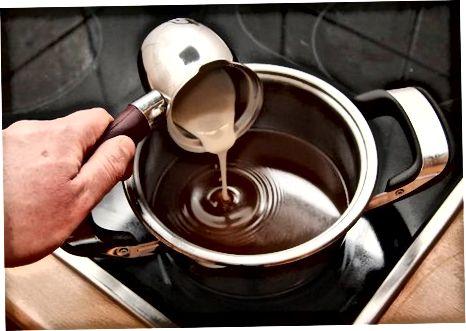 Voyaga etmagan yalpizli kofe kokteylini tayyorlash