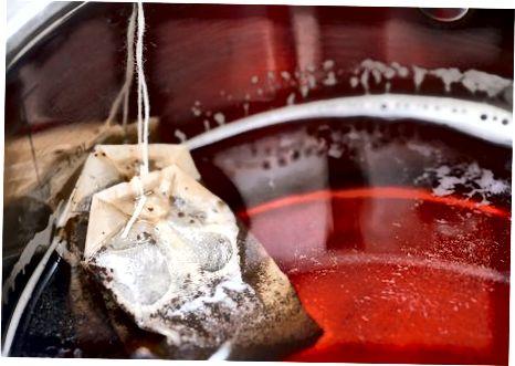 Ledo saldaus pieno arbatos gaminimas su tapijokos burbulais