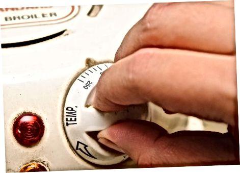 Пржење црвене паприке помоћу бројлера