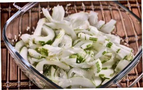 Yapon bodringidan salat tayyorlash
