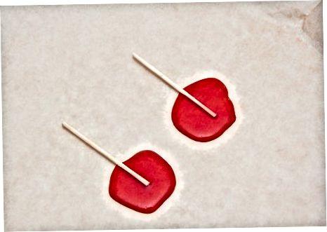 Şərbət tozu üçün Lolly Dippers-i çırpmaq