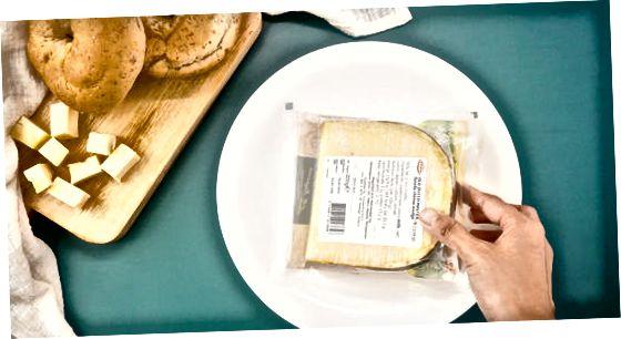 Адтаванне сыру ў халадзільніку