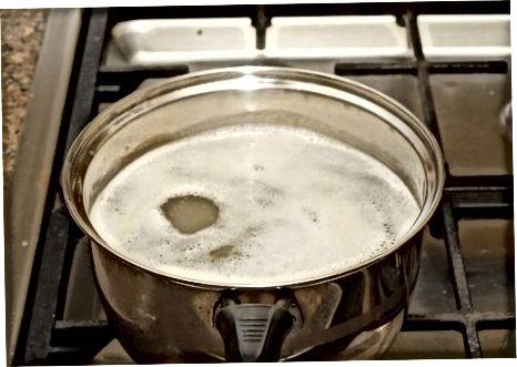 מכינים מרק עוף לבבי