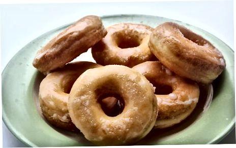 Bërja e Donuts në skarë