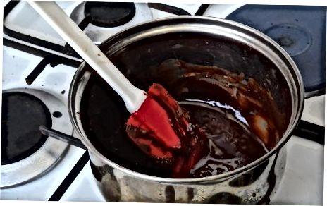 Å lage Nutella Sirup til pannekaker