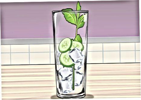 Einen traditionellen Pimm's Cocktail kreieren