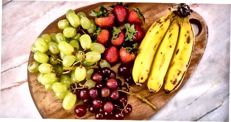 Вибір та розкладка з фруктових варіантів