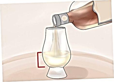 Abocant el whisky