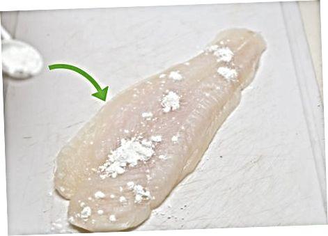 Hrökkva og steikja fiskinn