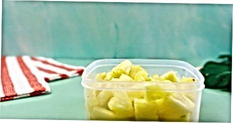 Хлађење или замрзавање исеченог ананаса