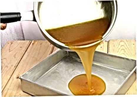 """Butterscotch"" saldainių gaminimas"