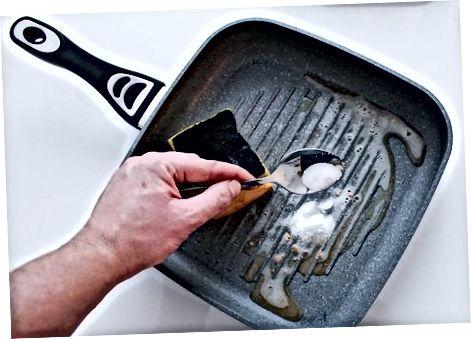 Malmist pottide ja pannide puhastamine