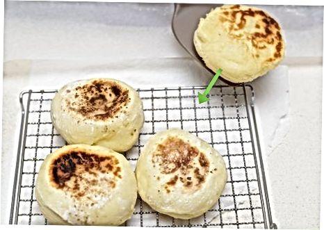 Muffins anglais fabriqués à la main
