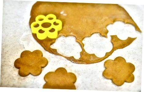 Padaryti paprastus veganiškus meduolių sausainius