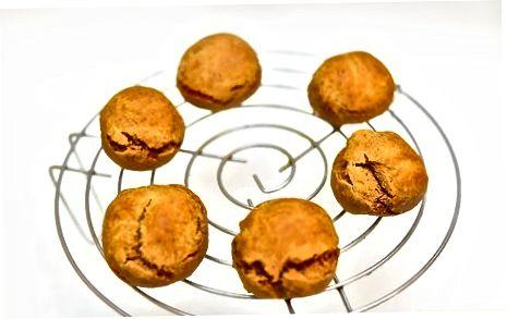 Paleo veganiškų imbierinių sausainių gaminimas
