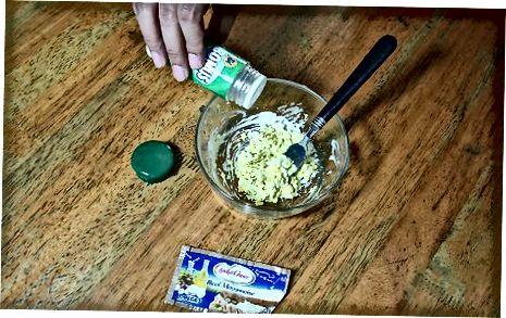 Asosiy avakado va tuxum salatasi