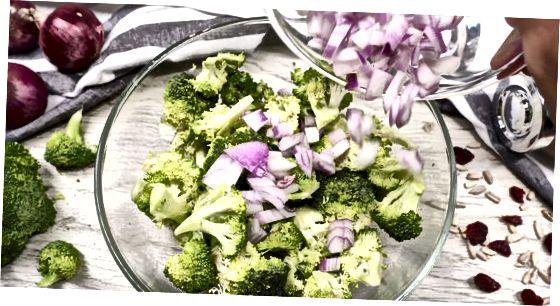 Salatani aralashtirish