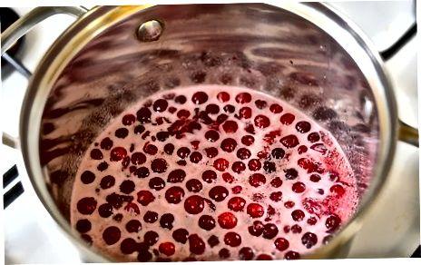 为烤禽肉制作蔓越莓釉