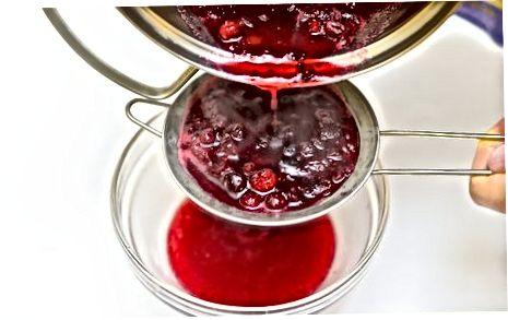 Een cranberryglazuur maken voor geroosterd gevogelte