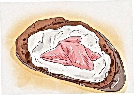 Marrja e shijes së salmonit të tymosur