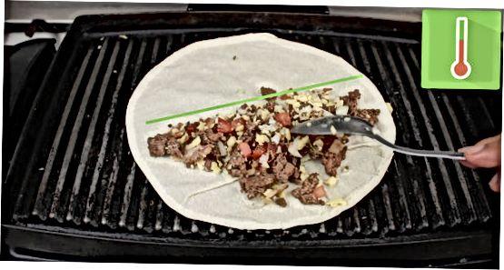 Quesadilla-ni grilda pishirish