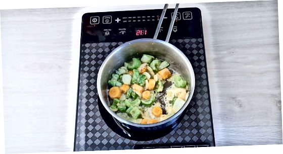 Kalakutienos kepimas ir daržovių įdaras