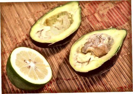 Сазревање резаног авокада