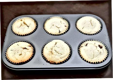 De muffins bakken