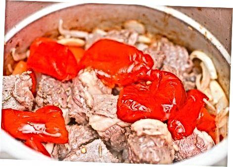 Традиционална јањећа јањећа јањетина