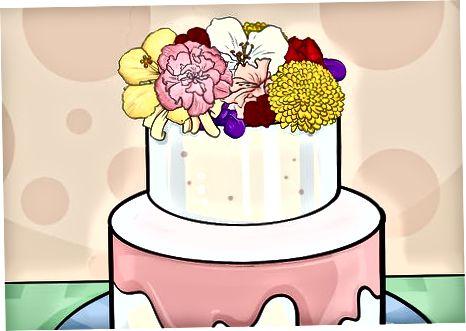 Okrasitev vrha torte