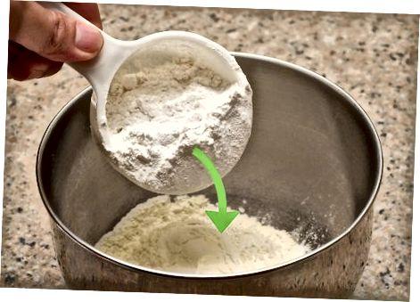Preparando a Farinha, Frigideiras e Fermento