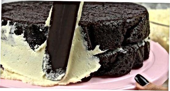 Kühlen und Stapeln Sie Ihren Kuchen