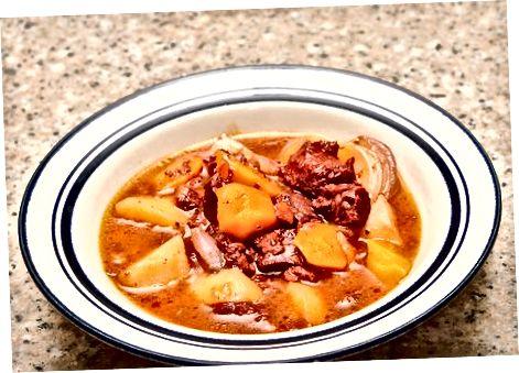 Sabzavot bilan qalinlashgan stew