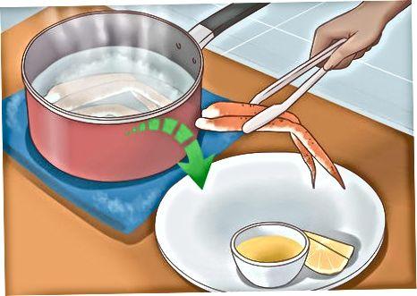 Kryddað soðin krabbafót