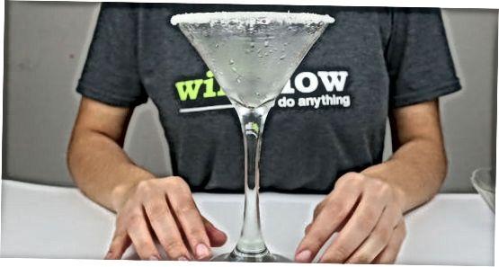 Araqni moviy Martini qilish