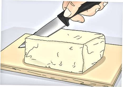 Kullimi dhe prerja Tofu i Raw
