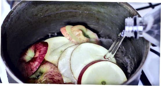 コンロでアップルジュースを作る