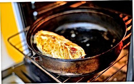 ایجاد پنیر بز و مرغ پر از آروگولا