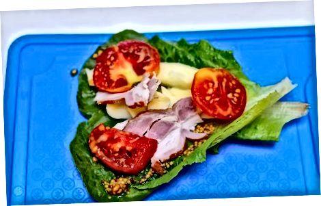 Sevimli sendvichga Kale qo'shish