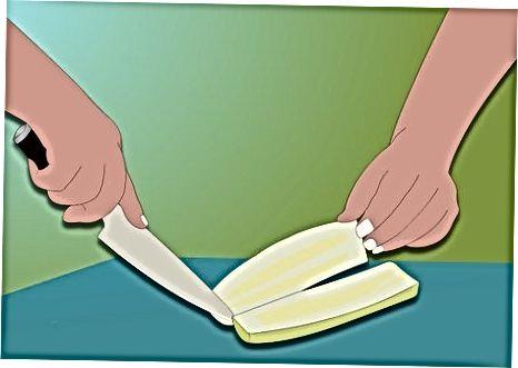 """Košerio krapų marinuoti agurkai [1] X Tyrimo šaltinis Bittman, Mark. <i>Kaip viską virti</i> . """"Wiley"""" leidyba, 1998 m."""