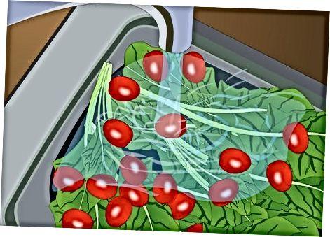 """Greitai marinuotos daržovės [3] X Tyrimo šaltinis Bittman, Mark. <i>Kaip viską virti</i> . """"Wiley"""" leidyba, 1998 m."""