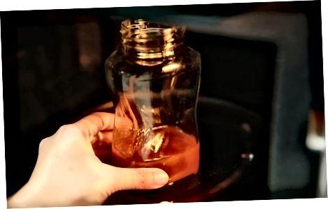 Likuifikimi i mjaltit në mikrovalë