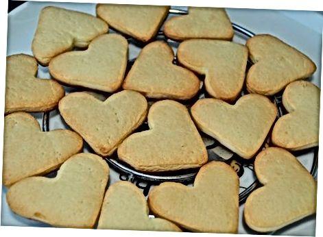 Traškių formos sausainių gaminimas