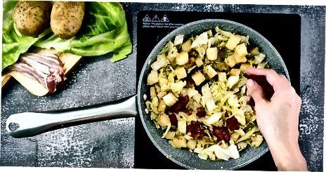 Bratkohl und Kartoffeln