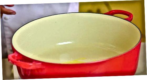 Запечені курячі стегна з медовою часниковою глазур'ю